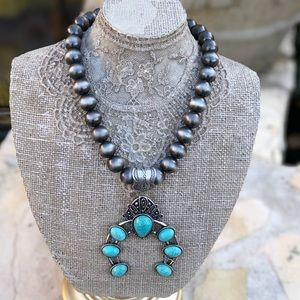 Jewelry - NWT Western squash blossom necklace&earring Set